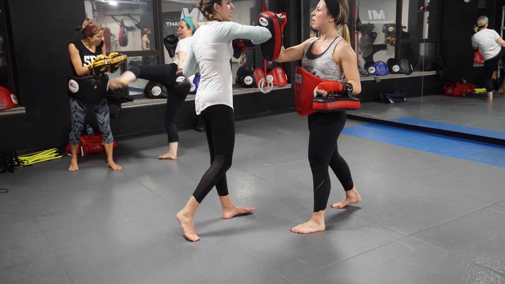 womens muay thai gym 45
