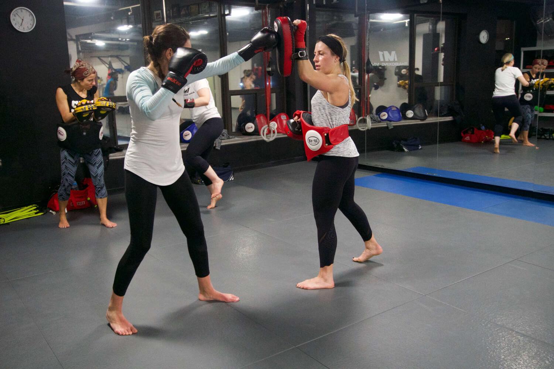 womens-muay-thai-training-7